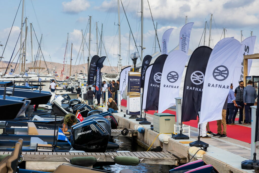 Lineup of outboards at the Olympic Yacht Show